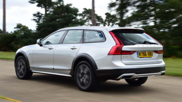 Volvo V90 Cross Country - rear left