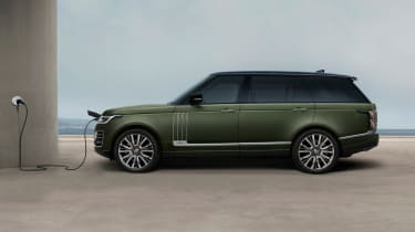 Range Rover SV Autobiography Ultimate - charging