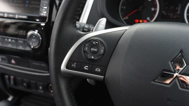 Mitsubishi L200 long-term test - steering wheel detail