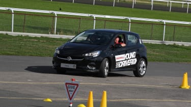 Kid Drivers - black corsa cornering