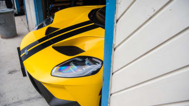 Ford GT Norway road trip - pits