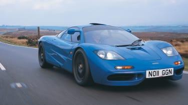 """<p class=""""p1""""><b>McLaren</b> F1 (S70/2 V12)</p>"""
