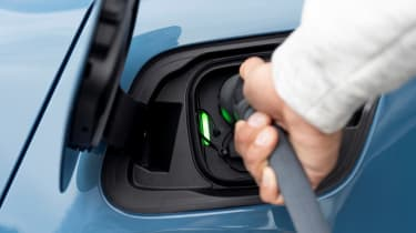 Volvo C40 Recharge - charging