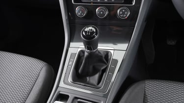 Volkswagen Golf 1.0 petrol - transmission