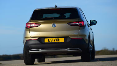 Vauxhall Grandland X - rear cornering