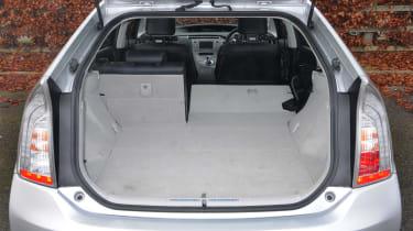 Toyota Prius plug-in 2013 boot