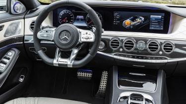 Mercedes-AMG S 63 - steering wheel