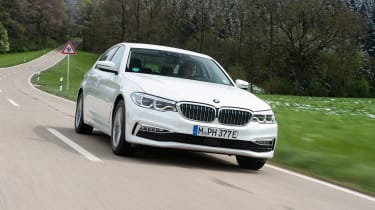 BMW 530e iPerformance - front tracking