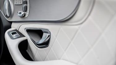 Mercedes C-Class - door