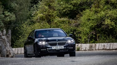BMW 740Ld xDrive - front cornering