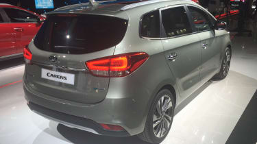 Kia Carens - Paris rear 2