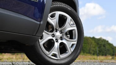 Jeep Renegade - wheel