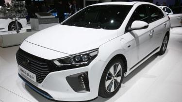 Hyundai Ioniq PHEV Geneva - front