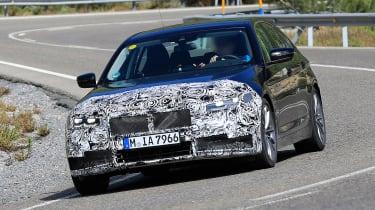 BMW 5 Series facelift - spyshot 1