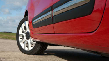 Used Fiat 500L - side profile
