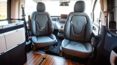 Mercedes V-Class Marco Polo - front seats