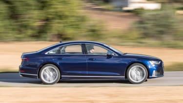 Audi S8 - side