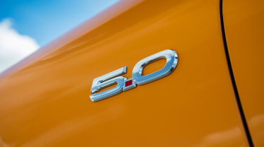 Ford Mustang V8 - 5.0