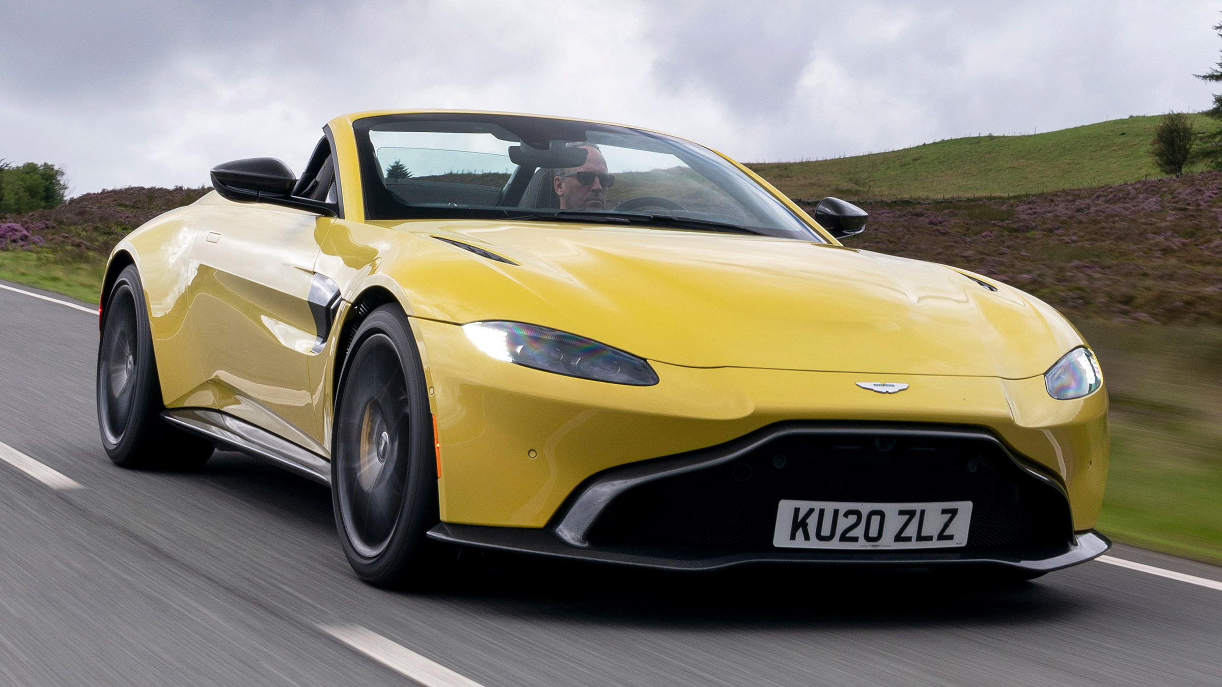 New Aston Martin Vantage Roadster 2020 Review Auto Express