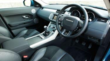 Range Rover Evoque 2WD interior