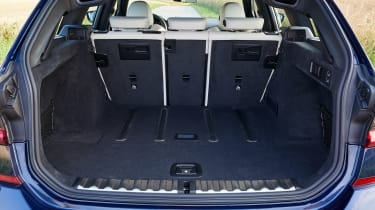 BMW 3 Series Touring - boot