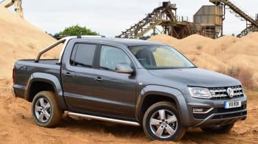 Volkswagen Amarok - off road side