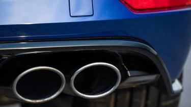 Volkswagen Golf R 2017 exhaust