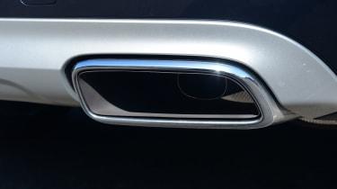 Volvo XC90 -  exhaust