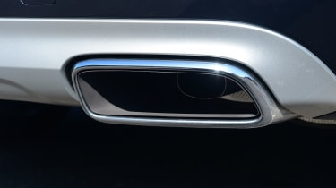 Volvo XC90 -  exhaust