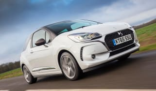 DS 3 hatchback 2016 review - crop front tracking