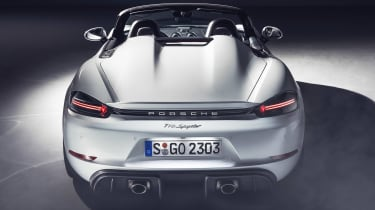 Porsche 718 Boxster Spyder - full rear