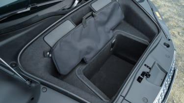 Audi R8 Spyder V10 plus - frunk