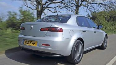 Alfa Romeo 159 2.0 JTDm Lusso rear track