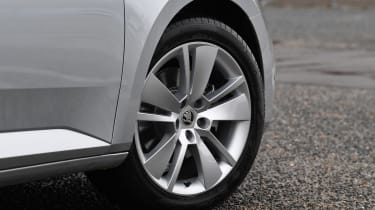 Skoda Superb iV Estate - wheel