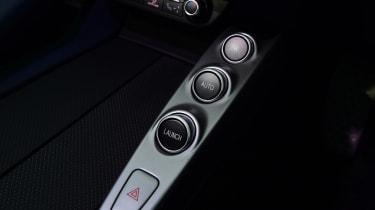 Ferrari GTC4 Lusso T - centre console