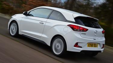 Hyundai i20 Coupe - rear