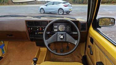Vauxhall Astra - Mk1 dash