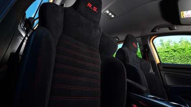 Renault Megane R.S. - front seats