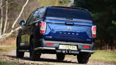 SsangYong Musso - rear action