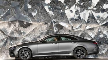 Mercedes CLS 400 d - side static