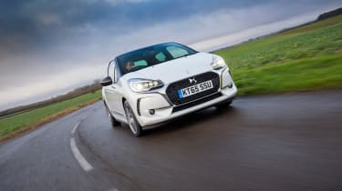DS 3 hatchback 2016 review - front cornering