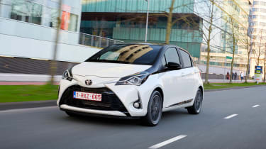 Toyota Yaris - front action