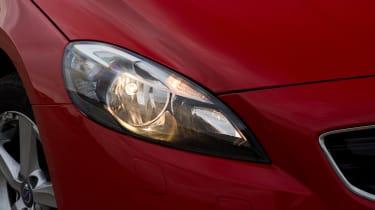 Volvo V40 - front light detail