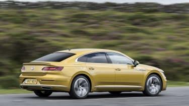 Volkswagen Arteon - rear tracking