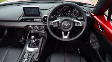 Used Mazda MX-5 - dash