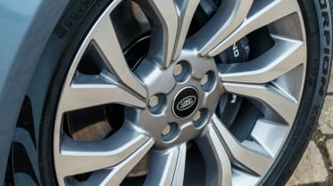 Range Rover PHEV - wheel