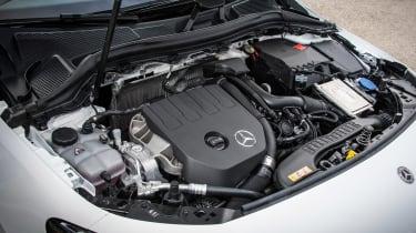 Mercedes B-Class - engine