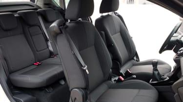 Ford B-MAX interior profile