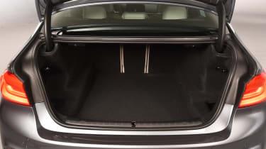 BMW 5 Series - studio boot