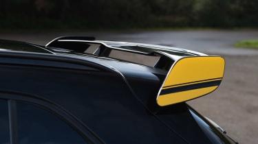 Mercedes-AMG GLA 45 Yellow Night Edition - spoiler